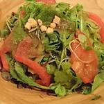 クールマイヨール - 高原野菜のグリーンサラダ     ¥780