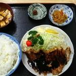 きくよし - 料理写真:トンテキ定食 ご飯大盛