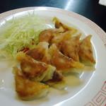 旭軒 - 焼き餃子10個(350円)