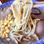 門つる - もっちもちストレート丸太麺