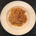 ビストロらあく - パンチェッタと玉ねぎのトマトソース
