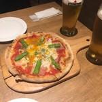 ピッツァナポレターノカフェ - * ビスマルク 650円