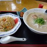 八洋 - チャーハンセット800円
