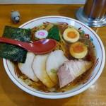 97112377 - 醤油味 ワンタン麺 味玉入り 930円