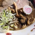 中華蕎麦 とみ田 - 魚粉、メンマ、なると(松戸モリヒロフェスタ)