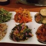 和献洋菜Hi-Bi - 野菜の前菜6種盛り(1.5倍バージョン)