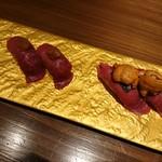 創作鉄板 粉者牛師 - 肉寿司(プラスアルファ)