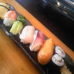 おかざき寿司 - 昼のサービスランチ