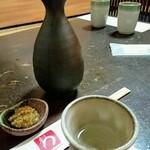 蕎麦処 みかわ - 熱燗(府中誉)