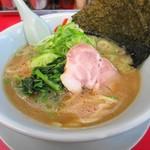 ラーメン山岡家 - 醤油ラーメン650円+薬味ネギ110円