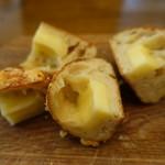 製パン 雅 - チーズフランスは中にもチーズがしっかり