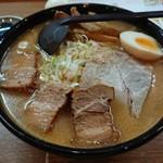 麺匠 双葉 - 特製白味噌+角煮