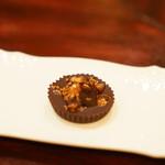 f - 牡丹海老のチョコレート