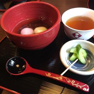 日本ぜんざい学会 - 料理写真:出雲ぜんざい600円。白玉がもちもちです。