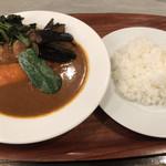 シップスログ - チキン野菜カリー1,090円