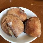 97148295 - ライ麦のパン。素材の味が美味しい!