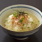 お茶漬け(鮭or梅)