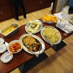 アリヤ 清真美食 - サービスのビュッフェ