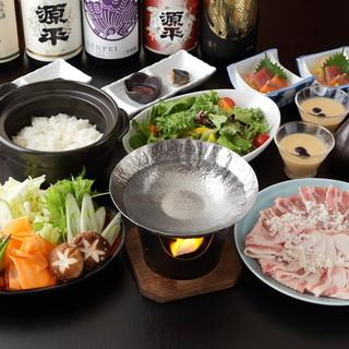 """日本酒で贅沢&ヘルシーに味わう""""しゃぶしゃぶ鍋""""を心ゆくまで"""