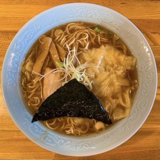 中華そば おかめ - 料理写真:ワンタン麺(魚介系)