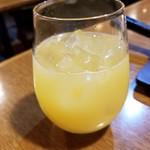スペインバル BONITA - シェリー酒のパイン割 600円
