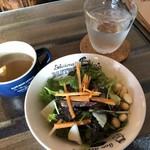 ベジタブルバル ベースティー - 料理写真:♪パスタセット¥800大盛¥100