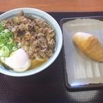 香の川製麺 - 肉玉うどん並:650円+いなり:100円