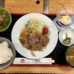 すき焼き・割烹 かとう - 牛生姜焼き ランチ