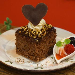 当店自慢の「濃厚チョコレートケーキ(ケーク・ショコラ)」