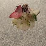 97193778 - 津軽海峡産松川鰈のクルードと長沼産千両梨のサラダ仕立て