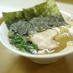 江戸川ラーメン 角久 - 料理写真:ラーメン
