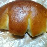 pop - クリームパン