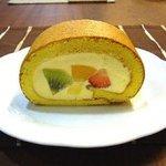 珈琲香坊 - きまぐれロールケーキ