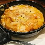 オステリアチードゥエ - 和牛のトリッパと白いんげん豆のトマト煮。