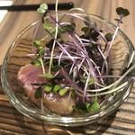 東京割烹 てるなり - 酒肴三種:ハガツオの土佐酢和え。麹サワーに合う