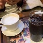 カフェ・ド・クリエ - ホット カフェ・オ・レ&アイスコーヒー