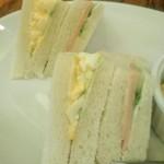 カフェ珈人 - [料理] 2種のサンドイッチ アップ♪w