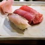 97233390 - スタート:鯛、鰹、鮪