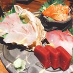 日本酒とお魚きっちん 祐星 - お造り五種