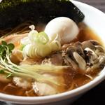 だるま製麺所 - 料理写真:特製だしそば丸鶏醤油