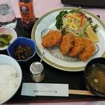 利根パークゴルフ場 レストラン - 料理写真:ローズポークのヒレかつ御膳¥1512-