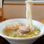 中華そば 弥太郎 - 中華そば 弥太郎@厨川 塩ワンタン麺 麺リフト
