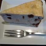 タベルナ グラッソ - チョコチップとブルーチーズのミルクレープ