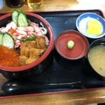 和泉 - 味覚丼1800円