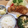 とんき - 料理写真:「ロースかつ」1242円、「ご飯(中)」216円、「豚汁」216円、計1674円(税込)