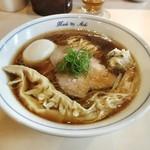 中華蕎麦 あお木  - 料理写真:醤油らーめん