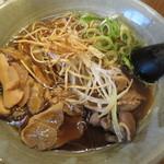 奥三河製麺 - ししラーメン780円