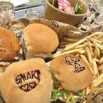PEANUTS Cafe - ザ グースエッグス スライダー¥1800