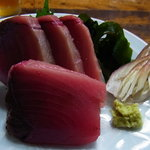 赤丹 本店 - よこわ刺身(食べかけです)