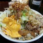 自家製太麺 ドカ盛 マッチョ - 【まぜそば + チーズ】¥730 + ¥50